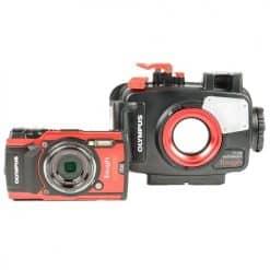 Olympus TG-5 Camera & Housing
